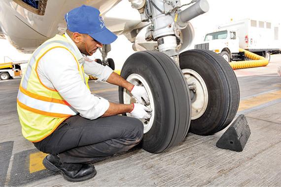 السعودية لهندسة وصناعة الطيران تقدم خدماتها لـ 56 محطة داخلية وإقليمية ودولية صحيفة الاقتصادية