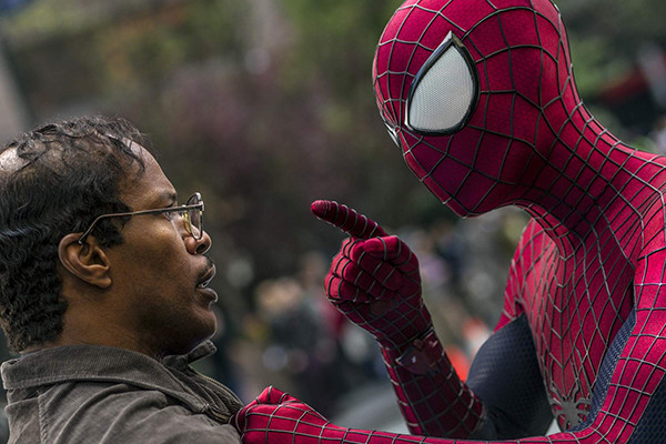 """""""نيبرز"""" يتصدر إيرادات دور السينما في أمريكا الشمالية"""