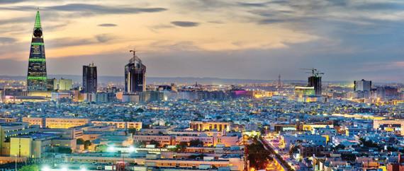 كل 2379 فردا في الرياض يعيشون في نطاق كيلو متر مربع