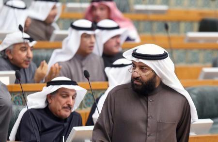 وزير النفط الكويتي: فائض المعروض النفطي في السوق 1.8 مليون برميل.. ولا اجتماع لأوبك قبل 6 أشهر