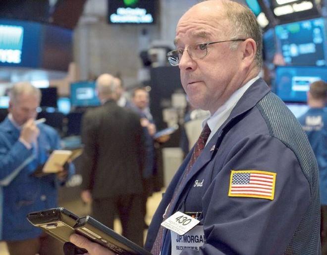 الحرب التجارية تهدد أسواق الأسهم والسندات في الولايات المتحدة