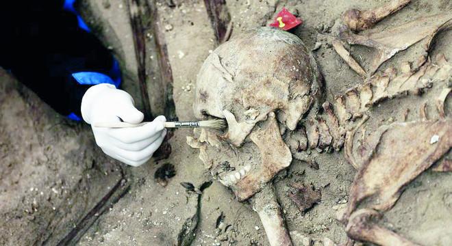 علماء يكتشفون أقدم أثر للحمض النووي للإنسان العاقل القديم