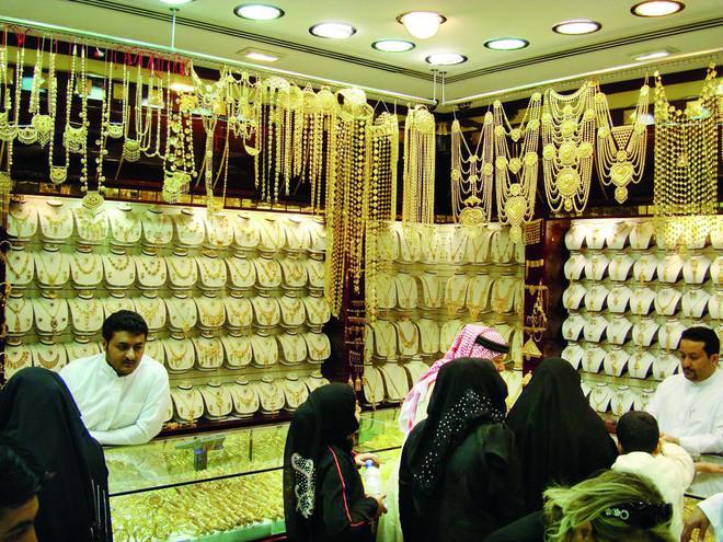 «لائحة المعادن الثمينة والأحجار الكريمة» .. آليات واجبة لتنظيم السوق
