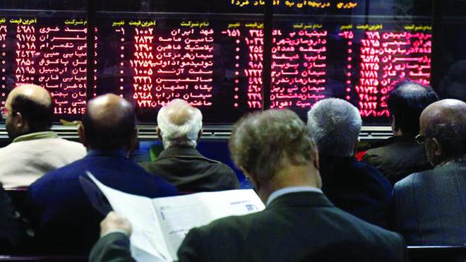 a7584146f انتكاسة في الأسهم الإيرانية .. هوت 2000 نقطة بفعل استقالة ظريف