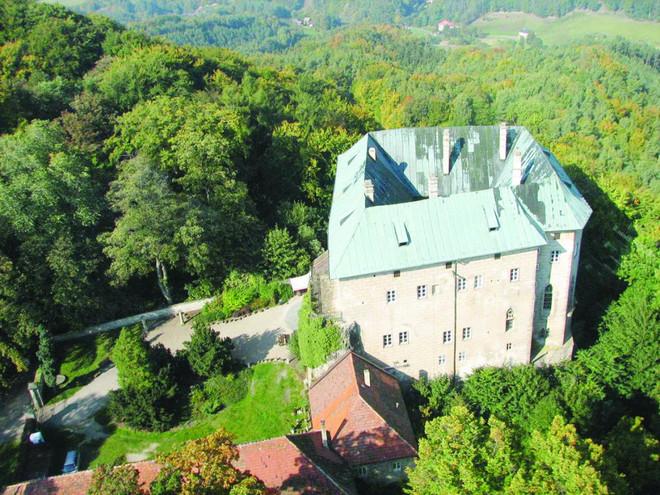 هوسكا قلعة الرعب والأشباح