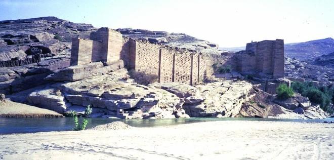 المياه عند العرب قديما .. أطيبها ذكرا «زمزم» وأسوأها انهيار سد مأرب