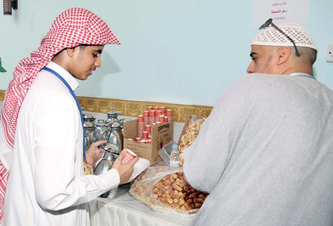 العمل التطوعي للشباب السعودي في الحج ظاهرة تنمو وتحقق سمعة عالمية صحيفة الاقتصادية