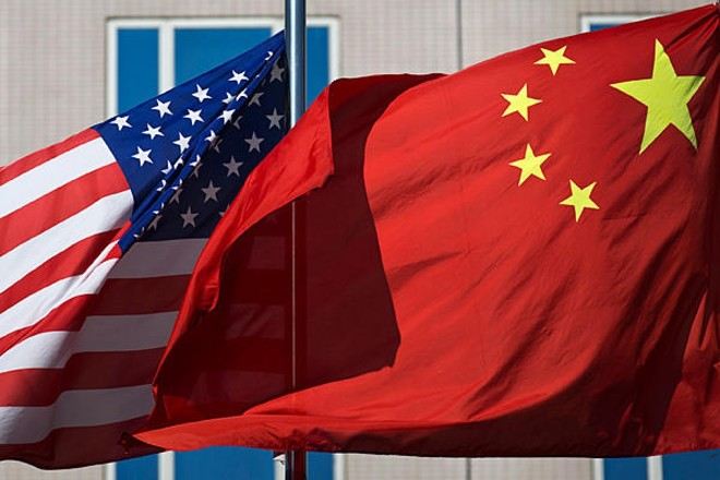 وفد تجاري صيني يتجه إلى واشنطن قبيل محادثات رفيعة المستوى