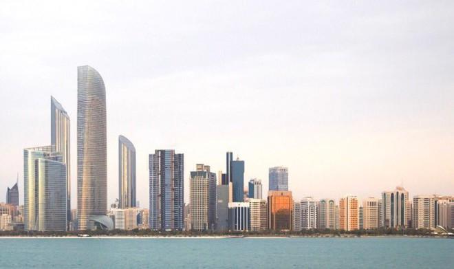 أبوظبي تعتزم بيع سندات بقيمة 10 مليارات دولار