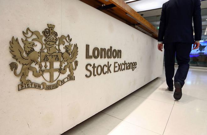 مؤشر بورصة لندن الرئيس يغلق مرتفعًا