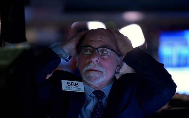 خسائر حادة للأسهم الأمريكية .. داو جونز يهبط 1030 نقطة