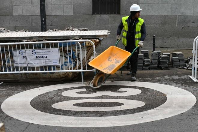 إسبانيا تكشف عن حزمة مالية بقيمة 200 مليار يورو للتصدي لعواقب كورونا