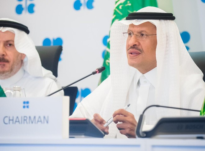 المنتجون يتجاوزون الخلافات .. الحل في الرياض