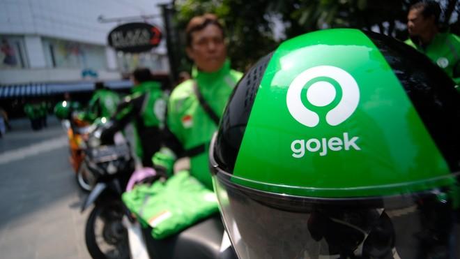 """""""فيسبوك"""" و""""باي بال"""" تستثمران في خدمات النقل الذكي الإندونيسية"""