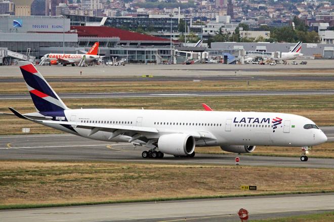 """شركة الخطوط الجوية """"لاتام"""" تلغي 2700 وظيفة بفعل كورونا"""