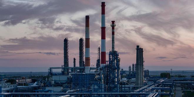 انخفاض طاقة تكرير النفط الأساسية المتوقفة في روسيا 3.9% خلال أغسطس