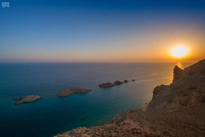 صندوق الاستثمارات : المشروعات المحلية ستوفر 1.5 مليون وظيفة في قطاعي السياحة والضيافة
