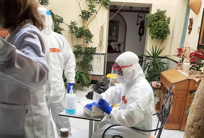 أوروبا تتخطى حاجز 150 ألف إصابة يومية بكورونا