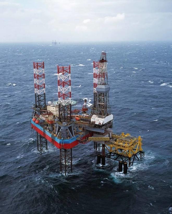 اندماج شركات النفط الصخري الأمريكية يعيد تشكيل الصناعة تحت ضغط الجائحة وتراجع الأسعار