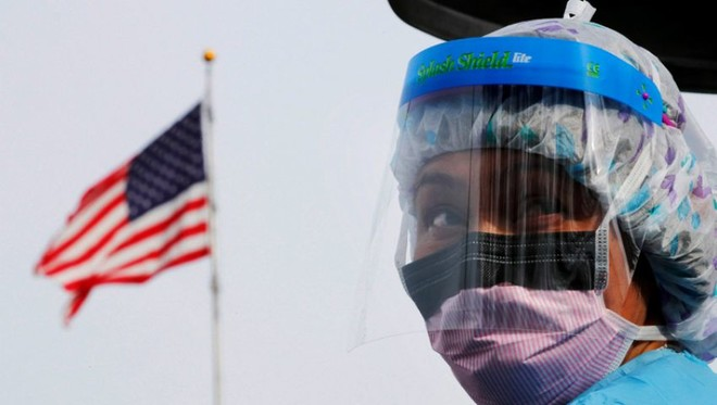 أمريكا: ارتفاع إصابات كورونا الجديدة بنسبة 1.7 %