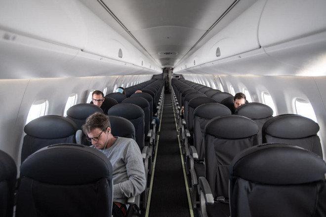 زيادة عدد ركاب الطائرات في أمريكا أمس بنسبة 22% يوميا