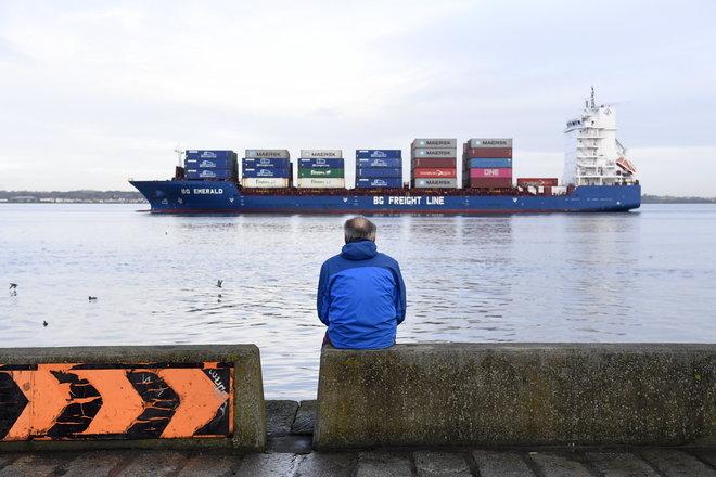 """البحرية الملكية تحمي مياه الصيد البريطانية في حال """"بريكست"""" دون اتفاق"""