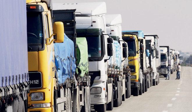 """""""النقل"""" : السماح لملاك الشاحنات المستوردة قبل 2021 بتسجيلها """"نقل عام"""""""