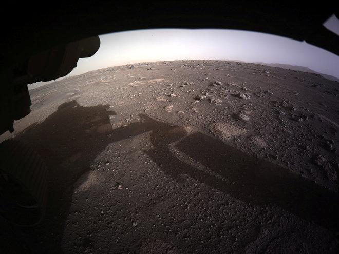 """""""ناسا"""" تنشر صور لهبوط """"برسفيرنس"""" على سطح المريخ"""