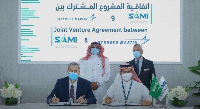 """لتعزيز القدرات الأمنية للسعودية .. """"الصناعات العسكرية"""" و """"لوكهيد مارتن"""" يوقعان اتفاقية تعاون"""
