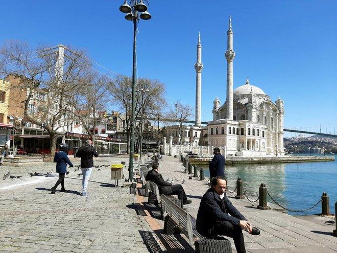 انخفاض عدد سياح تركيا 71 % في يناير يفاقم عجز ميزان المعاملات الجارية