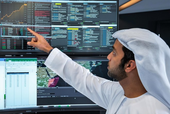بورصة إنتركونتيننتال توافق على 24 عضوا قبيل تدشين بورصة جديدة في أبوظبي