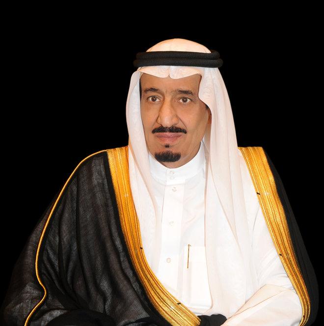 صدور موافقة خادم الحرمين على إقامة صلاة التراويح في الحرمين الشريفين وتخفيفها إلى خمس تسليمات
