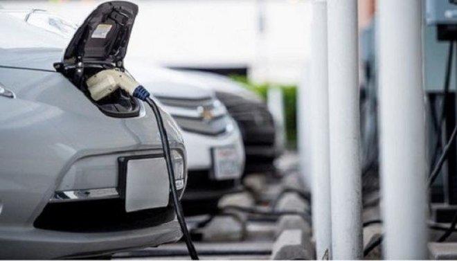 تراجع الاستعداد لشراء السيارات الكهربائية في ألمانيا