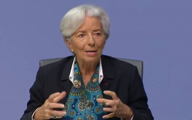 لاجارد: اقتصاد منطقة اليورو يقف على عكازي التحفيز النقدي والمالي .. سحبهما مرهون بالتعافي