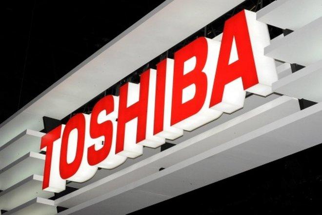 """استقالة الرئيس التنفيذي لـ """"توشيبا"""" وأسهمها تقفز توقعا لعروض استحواذ"""