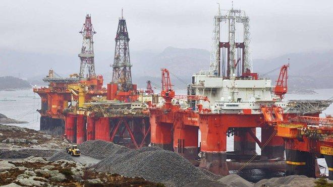 """""""جولدمان ساكس"""": أسعار النفط مرشحة لبلوغ 80 دولارا في الربع الثالث"""