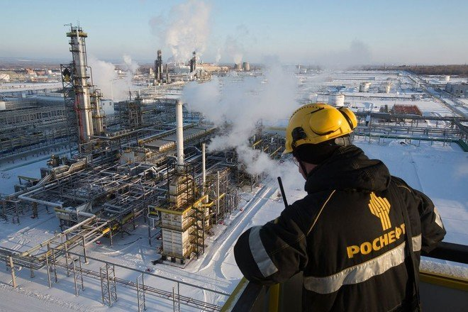 ارتفاع إنتاج روسيا من النفط ومكثفات الغاز إلى 10.51 مليون برميل