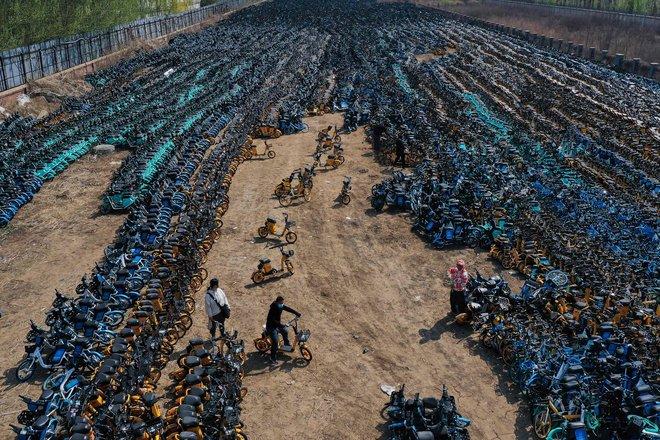 """""""مقبرة دراجات هوائية مشتركة"""" في الصين"""