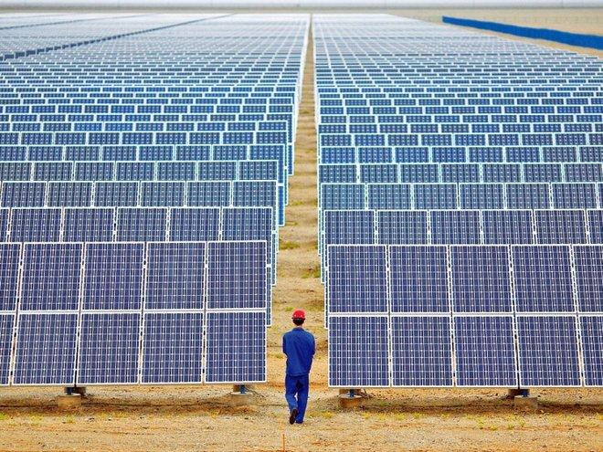 في أول استثمار مباشر .. أكبر صندوق سيادي في العالم يضخ 1.3 مليار يورو في الطاقة المتجددة