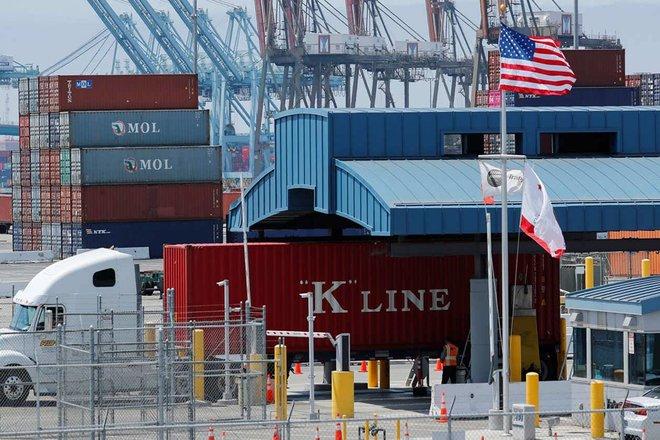 العجز التجاري الأمريكي يبلغ قمة قياسية .. 71.1 مليار دولار في فبراير