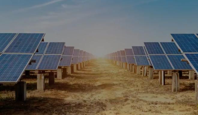 """صندوق الاستثمارات العامة يطلق مشروع """"سدير للطاقة الشمسية"""""""