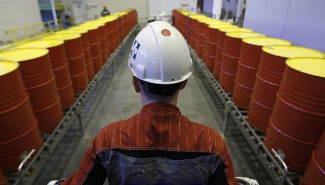 وكالة الطاقة تتوقع تعافي الطلب على النفط بوتيرة تفوق نمو المعروض