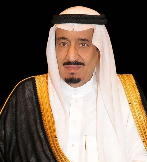 الملك سلمان مغردا: مما يجسده العيد الأمل والتفاؤل والسرور