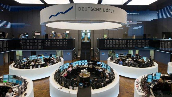الأسهم الأوروبية عند ذروة قياسية بفضل الشركات المالية