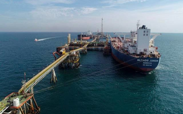أسعار النفط تهبط مع تبديد الجائحة مبيعات الوقود في الهند