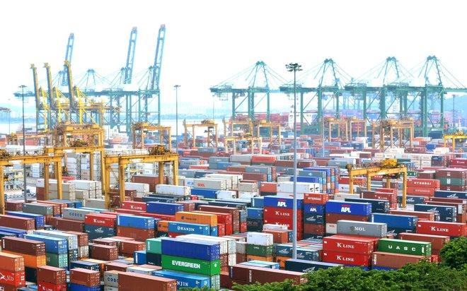 """""""الصادرات"""" توضح أسباب بلوغ خسائرها المتراكمة 57.72%"""