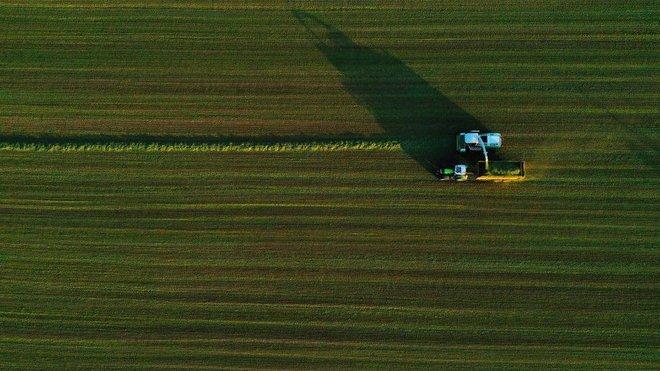 مزارع بلجيكي يعدّل الحدود مع فرنسا... لتوسيع أرضه