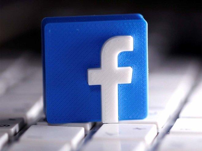 """""""فيسبوك"""" تؤكد أنها تعمل على تصميم ساعة متصلة"""