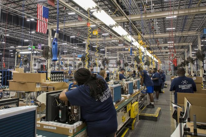 المطالبات الزائفة لإعانات البطالة تكبد الولايات المتحدة 400 مليار دولار خسائر