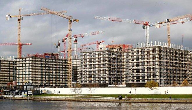أزمة إسكان تمتد من باريس إلى وارسو .. 57 مليار يورو حجم الفجوة المالية